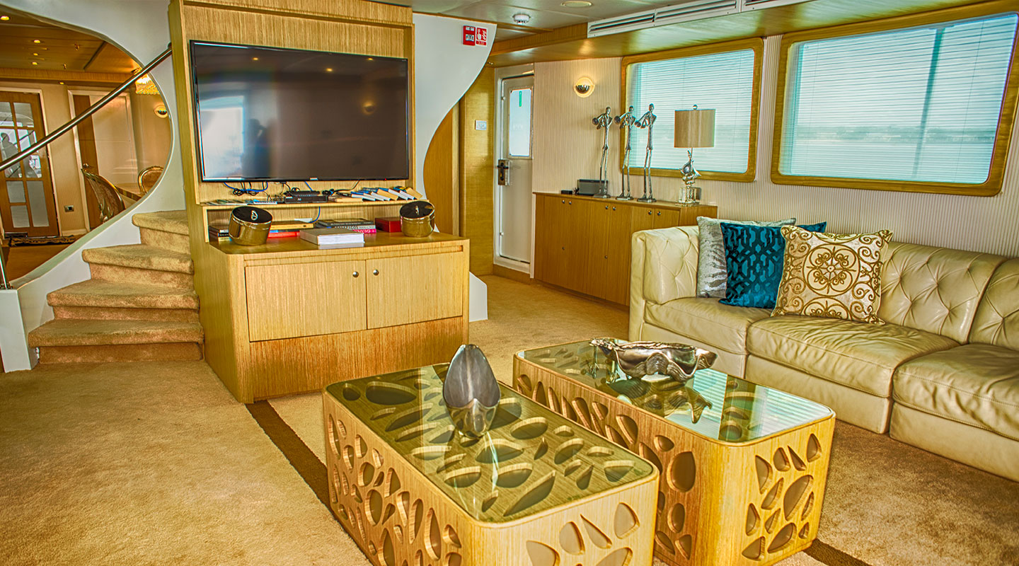 Saloon Luxury Yacht Stella Maris
